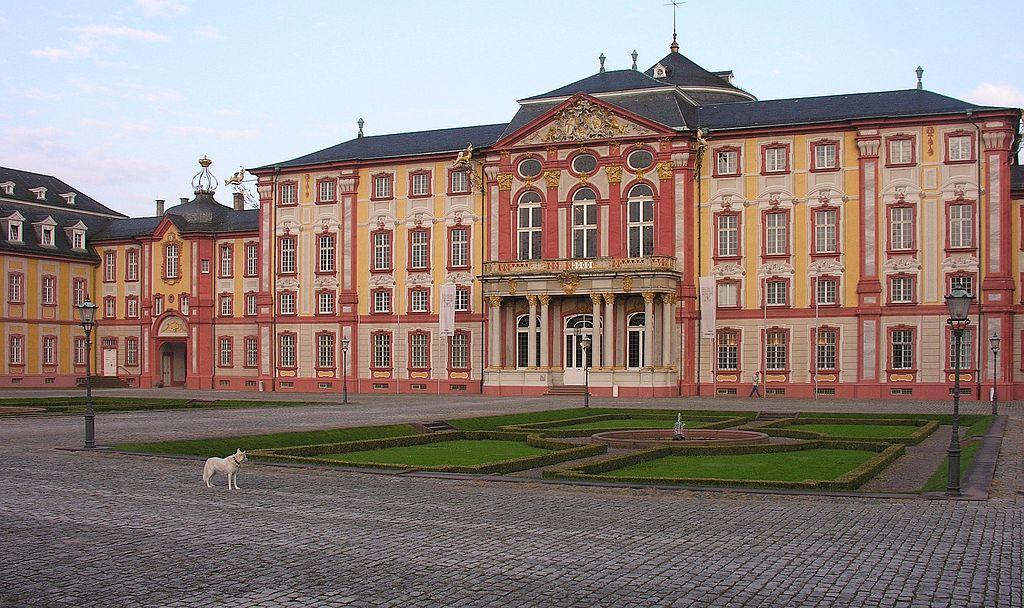 Haupteingang des Bruchsaler Schlosses - Foto: Wolfgang Pehlmann, Lizenz: CC BY-SA 3.0